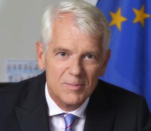 Lars Faaborg-Andersen